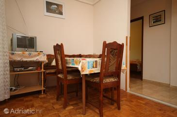 Apartment A-6648-b - Apartments Starigrad (Paklenica) - 6648