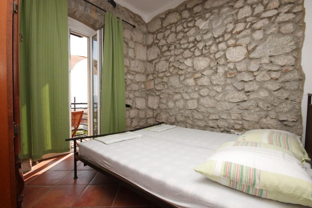 Apartmány s parkoviskom v meste Gradac - 6661