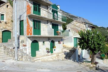 Puharići, Makarska, Property 6668 - Vacation Rentals with pebble beach.