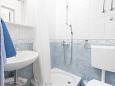 Bathroom 2 - Apartment A-6671-b - Apartments and Rooms Podgora (Makarska) - 6671