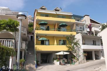Property Živogošće - Blato (Makarska) - Accommodation 6679 - Apartments near sea with pebble beach.