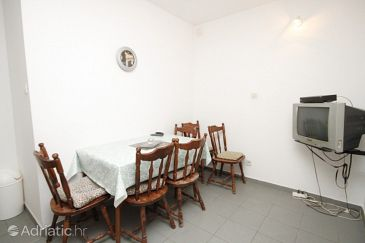 Apartment A-6696-a - Apartments Makarska (Makarska) - 6696