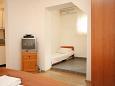 Bedroom - Studio flat AS-6696-c - Apartments Makarska (Makarska) - 6696