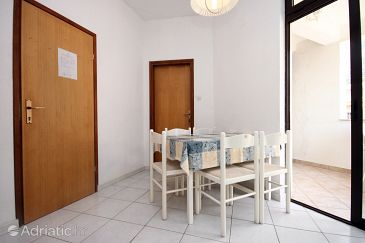 Apartment A-6698-a - Apartments and Rooms Živogošće - Blato (Makarska) - 6698