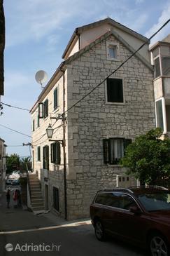 Baška Voda, Makarska, Property 6703 - Apartments blizu mora with pebble beach.