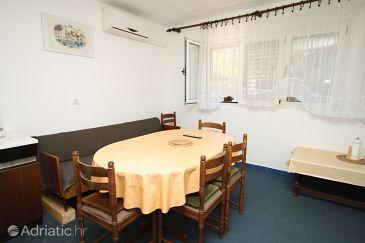 Apartment A-6716-a - Apartments Makarska (Makarska) - 6716