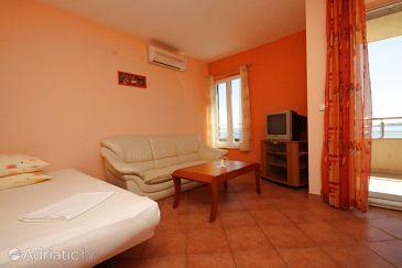 Apartment A-6718-b - Apartments Baška Voda (Makarska) - 6718