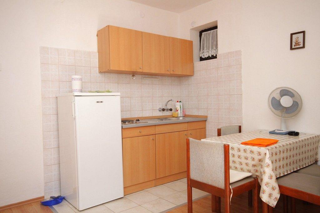 Apartmány s parkoviskom v meste Podaca - 6735
