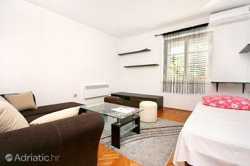 Makarska, Living room u smještaju tipa apartment, dostupna klima.