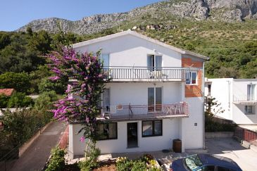 Property Podaca (Makarska) - Accommodation 6745 - Apartments near sea with pebble beach.