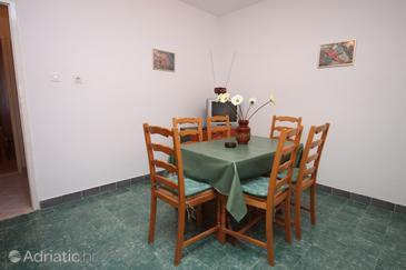 Apartment A-6753-a - Apartments Makarska (Makarska) - 6753