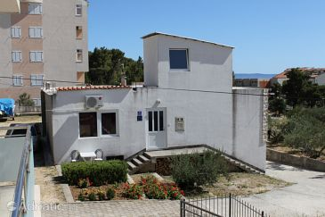 Property Baška Voda (Makarska) - Accommodation 6762 - Apartments with pebble beach.