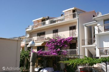 Property Podgora (Makarska) - Accommodation 6766 - Apartments with pebble beach.