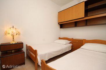 Apartment A-6792-b - Apartments Veliko Brdo (Makarska) - 6792