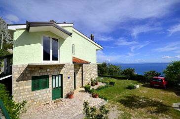 Property Gornji Tučepi - Podpeć (Makarska) - Accommodation 6815 - Vacation Rentals with pebble beach.