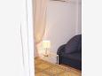 Tučepi, Bedroom u smještaju tipa studio-apartment, dopusteni kucni ljubimci i WIFI.