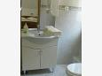 Bathroom 2 - Apartment A-6828-b - Apartments and Rooms Brela (Makarska) - 6828