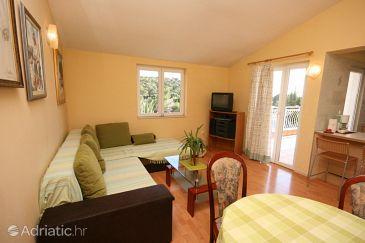 Apartment A-6842-a - Apartments Makarska (Makarska) - 6842