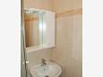 Bathroom 1 - Apartment A-6844-d - Apartments Makarska (Makarska) - 6844