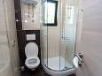 Bathroom - Studio flat AS-6849-b - Apartments Promajna (Makarska) - 6849