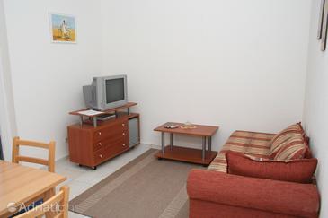 Apartment A-6865-e - Apartments Mirca (Brač) - 6865