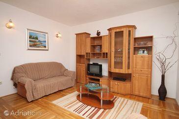 Apartment A-6868-a - Apartments Baška Voda (Makarska) - 6868