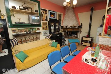 Apartment A-6871-a - Apartments Veliko Brdo (Makarska) - 6871
