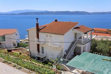 Property Živogošće - Porat (Makarska) - Accommodation 6877 - Apartments and Rooms near sea with pebble beach.