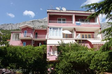 Property Baška Voda (Makarska) - Accommodation 6892 - Apartments near sea with pebble beach.