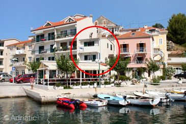 Property Podgora (Makarska) - Accommodation 6893 - Apartments near sea with pebble beach.