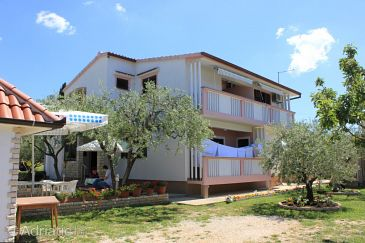 Property Zadar (Zadar) - Accommodation 6900 - Apartments with pebble beach.