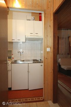 Brela, Kitchen u smještaju tipa studio-apartment, WIFI.
