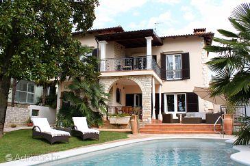Property Umag (Umag) - Accommodation 6931 - Vacation Rentals near sea.