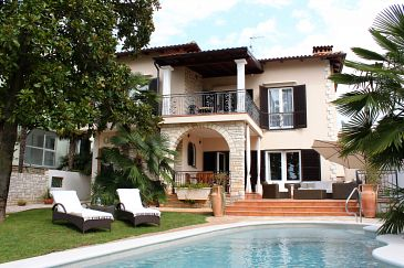 Property Umag (Umag) - Accommodation 6931 - Vacation Rentals near sea.