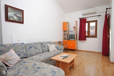 Apartment A-6937-a - Apartments Poreč (Poreč) - 6937