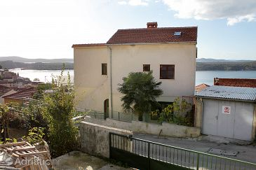 Property Šibenik (Šibenik) - Accommodation 6968 - Apartments with pebble beach.