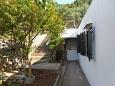 Courtyard Uvala Virak (Hvar) - Accommodation 6969 - Apartments near sea.