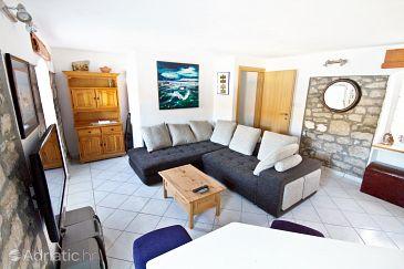 House K-6970 - Vacation Rentals Drvenik Veliki (Drvenik) - 6970