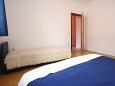 Bedroom 2 - Apartment A-6982-b - Apartments Poreč (Poreč) - 6982