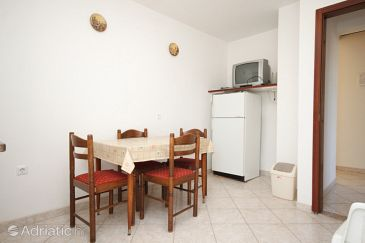 Apartment A-6990-a - Apartments Valbandon (Fažana) - 6990