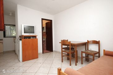 Apartment A-6990-c - Apartments Valbandon (Fažana) - 6990