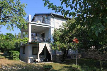 Zambratija, Umag, Property 6991 - Apartments with pebble beach.