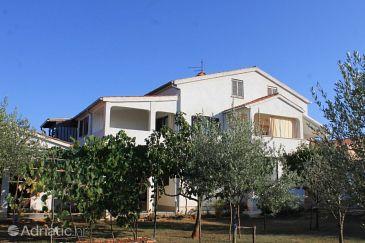 Property Valbandon (Fažana) - Accommodation 6993 - Apartments with pebble beach.