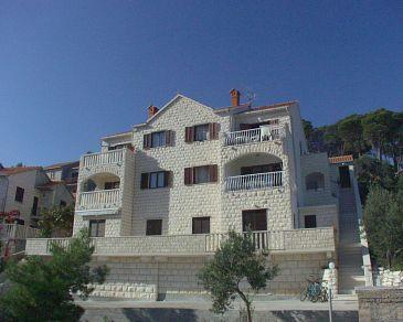 Obiekt Postira (Brač) - Zakwaterowanie 700 - Apartamenty ze żwirową plażą.