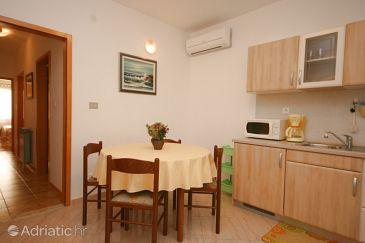 Apartment A-7020-a - Apartments Novigrad (Novigrad) - 7020