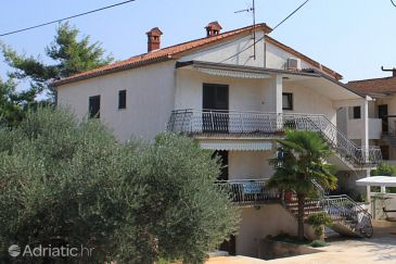 Umag, Umag, Property 7061 - Apartments with sandy beach.
