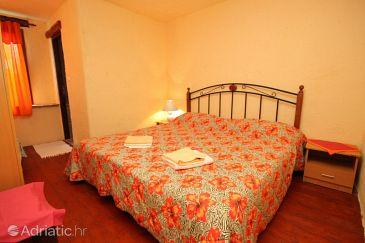 Room S-7068-c - Apartments and Rooms Motovun - Brkač (Središnja Istra) - 7068