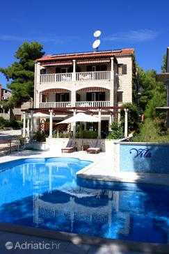 Property Sumartin (Brač) - Accommodation 707 - Apartments near sea.