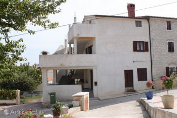 Property Funtana (Poreč) - Accommodation 7077 - Apartments with pebble beach.