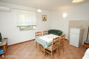 Heraki, Dining room u smještaju tipa apartment, dostupna klima.